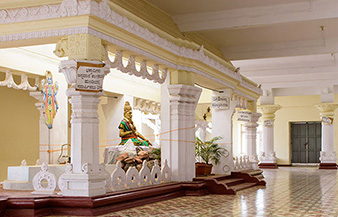 Sri Yogi Naraeyana Mutt - Social Activities